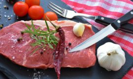 【栄養学】肉の栄養成分について紹介!牛肉、豚肉、鶏肉の効能と栄養効果を高めるコツ